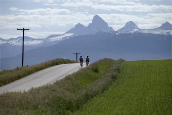 Two cyclist along bike path during Idaho Teton Valley Bike Tour