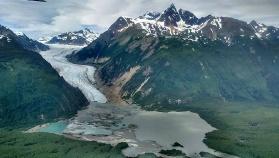 Lake and Mountains Alaska Bike Tour