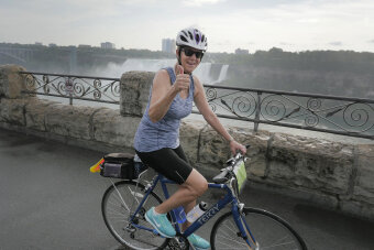 Cyclist posing for camera Niagara Falls Pathways